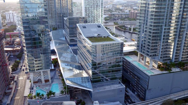 Blackstone signs lease for Miami office with plans to hire 200 employees